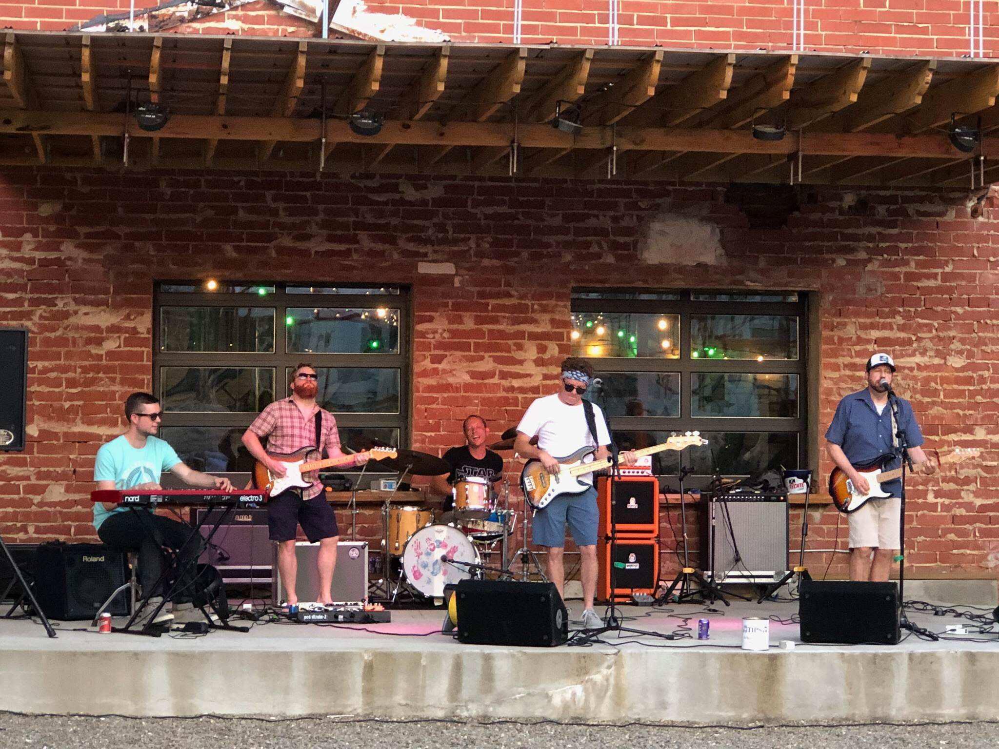 Heywire at The Music Yard @ The Music Yard