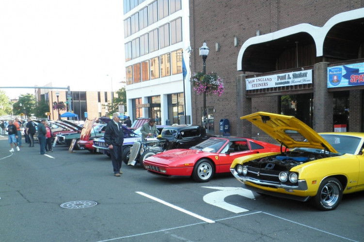 Downtown New BritainTD Bank Car Show - New england car show