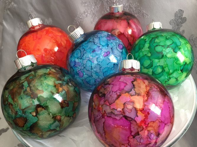 Alcohol Ink Christmas Ornaments.Alcohol Ink Ornaments