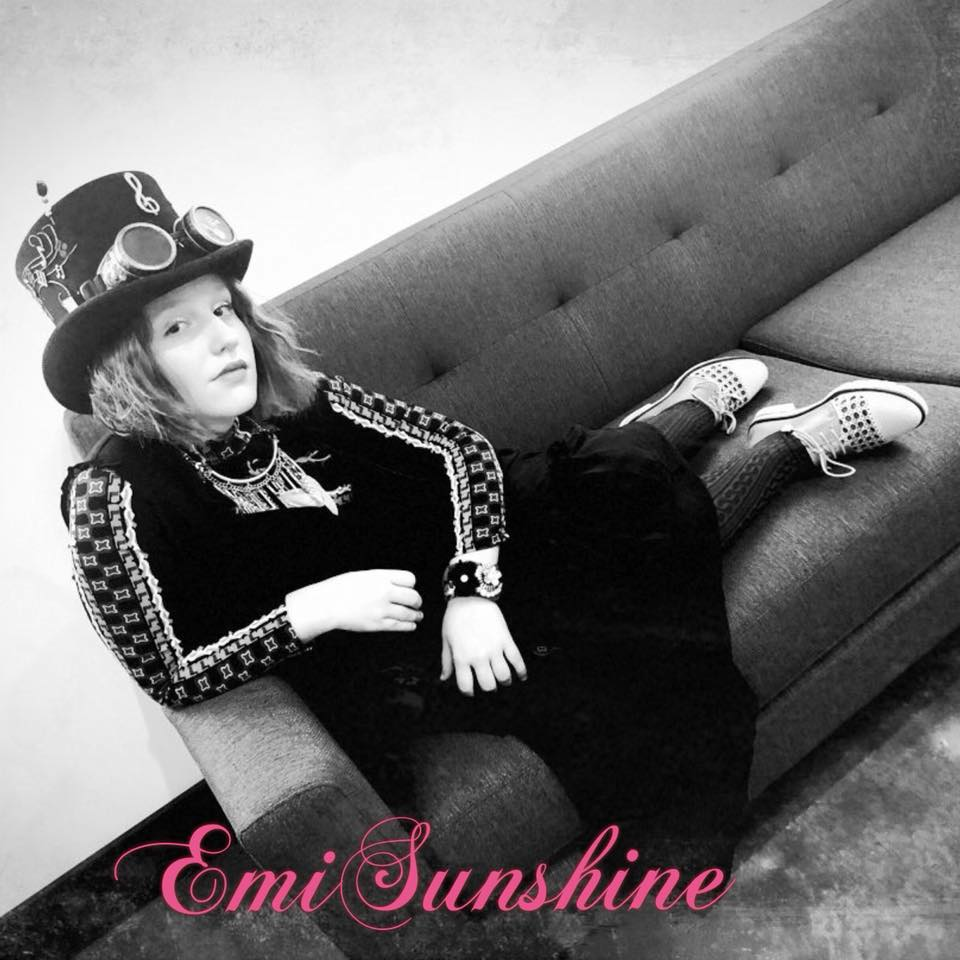 EmiSunshine & The Rain @ The Evening Muse