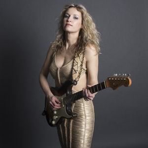 Ana Popovic @ Neighborhood Theatre