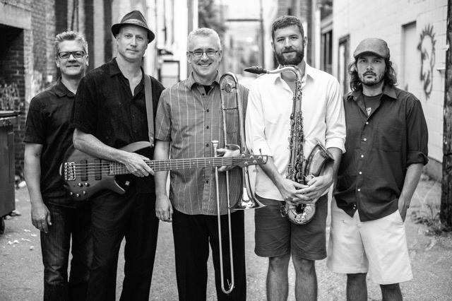 Bob Rogers Band @ Regent Hotel |  |  |