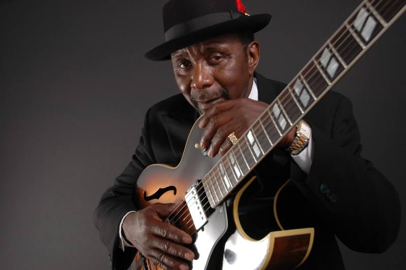 Wes Mackey **live Blues** @ 112 Restaurant & Lounge