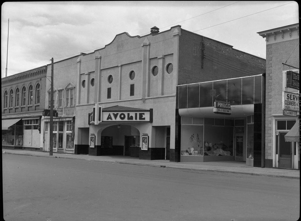 Brown Bag History - Theatres @ Revelstoke Museum & Archives        