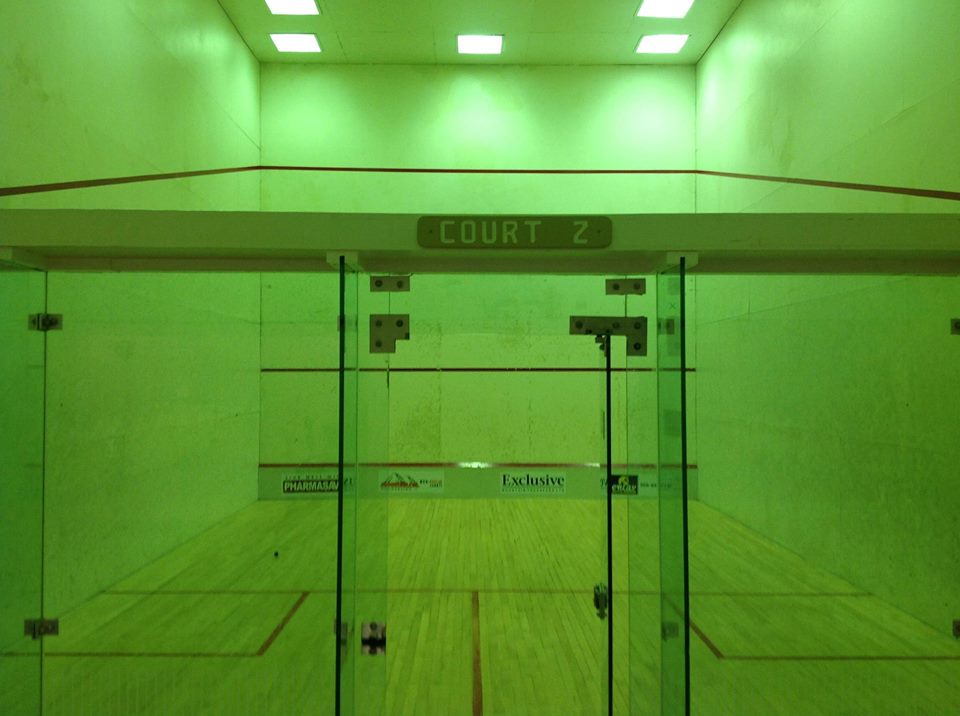 Saturday Morning Public Drop In Squash @ 207 MacKenzie Ave
