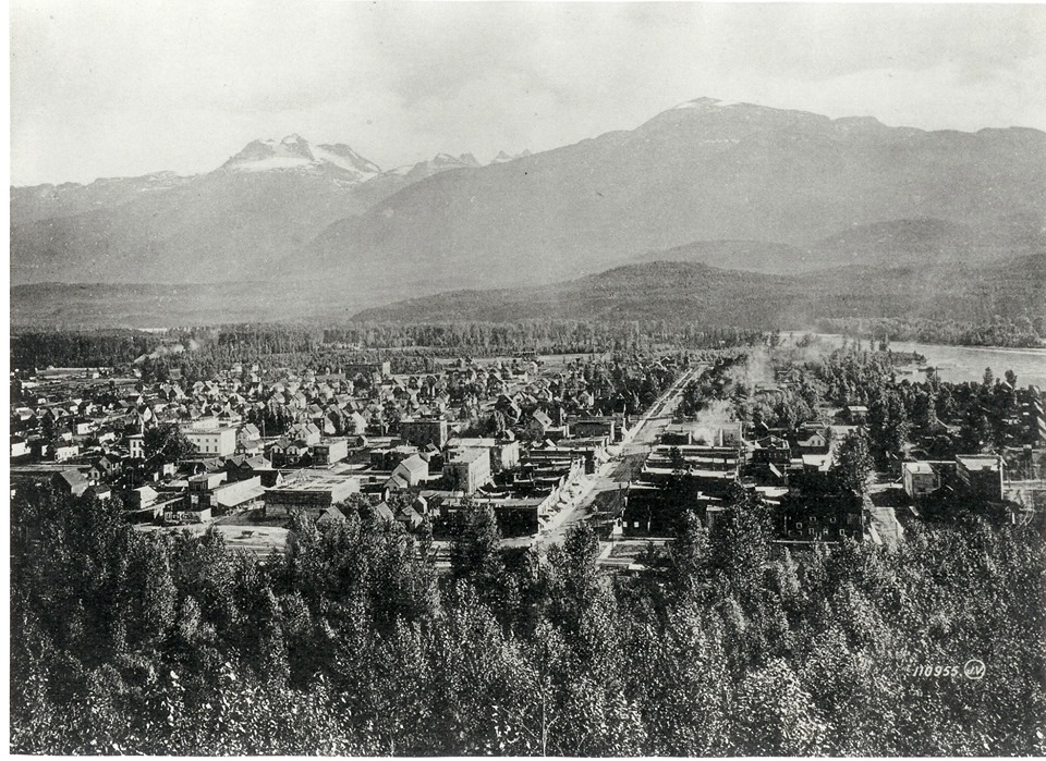 Downtown Walking Tours @ Revelstoke Museum & Archives