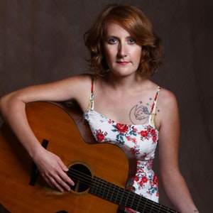 Amanda Anne Platt & The Honeycutters  with Zoe & Cloyd @ Neighborhood Theatre