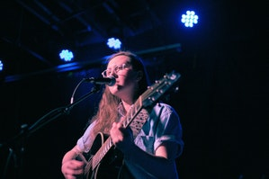 Maddie Shuler w/ Slow Packer @ The Evening Muse