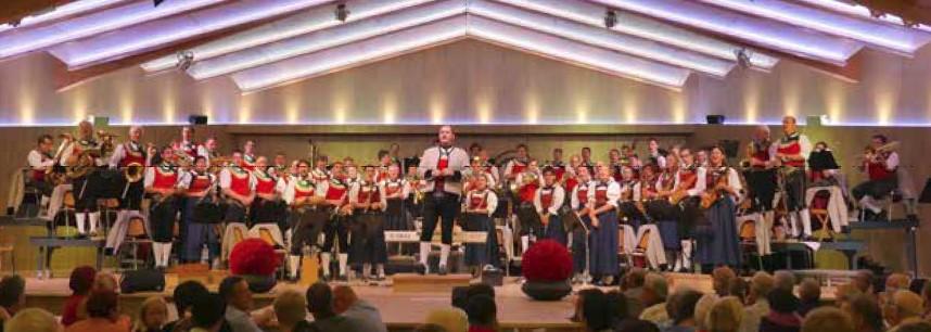 Platzkonzert (Festkonzert) der Bundesmusikkapelle FÜGEN @ Festhalle Fügen