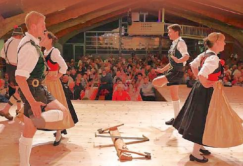Tiroler Abend @ Festhalle Fügen